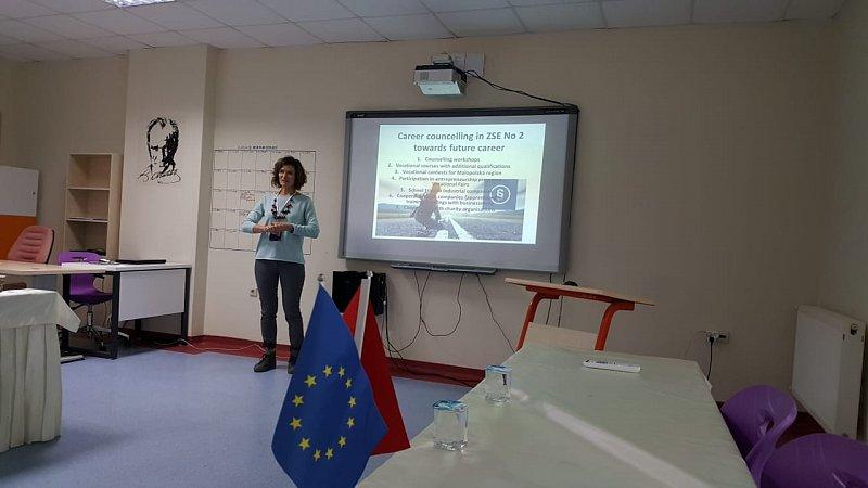 2018-12-11 Erasmus+