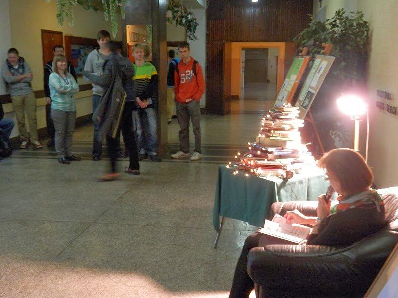 2013-12-10 Na Mikołajki Włącz książkę, włącz czytanie