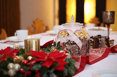 świateczna dekoracja stołu